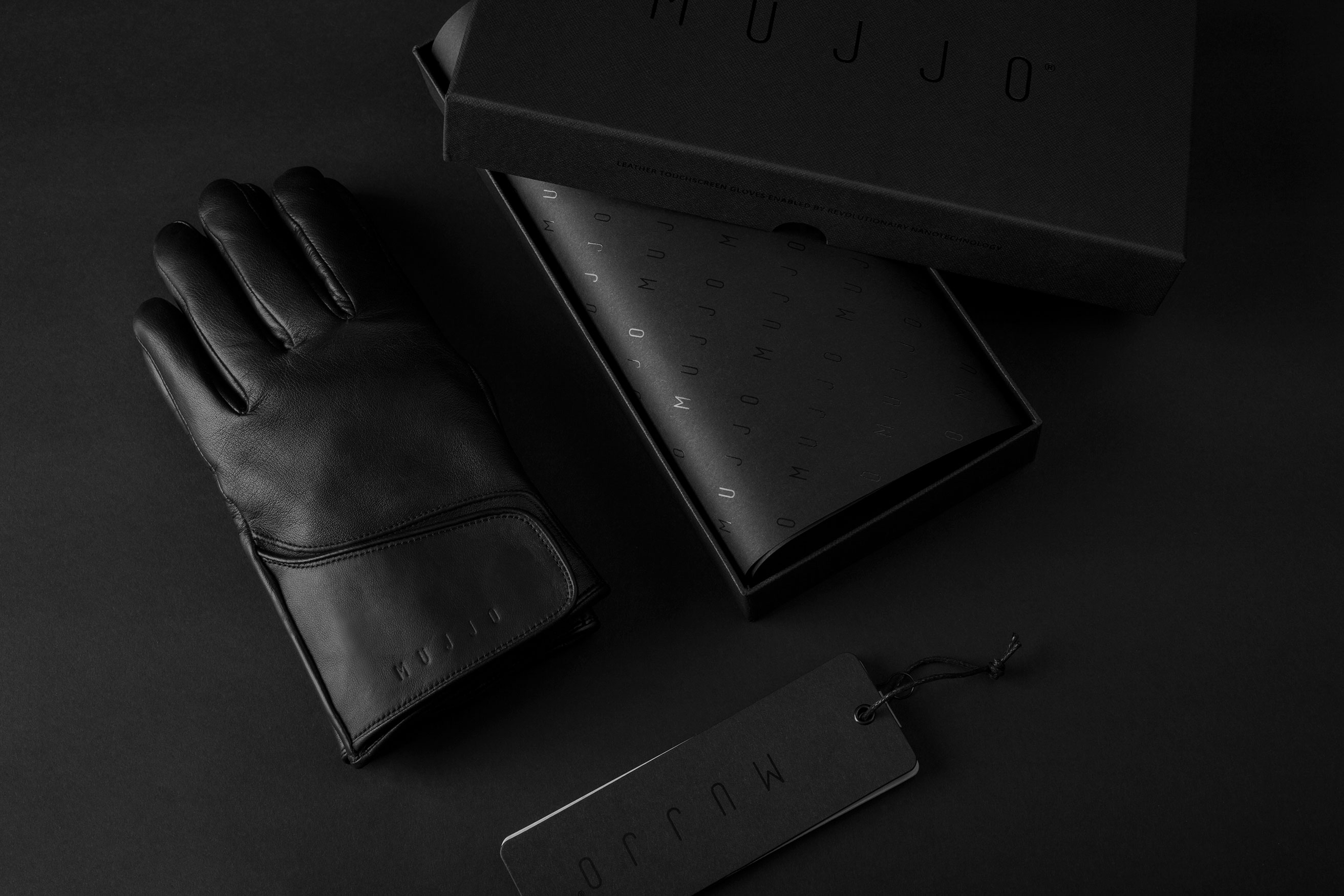 Leather-Touchscreen-Gloves-Giftbox-001